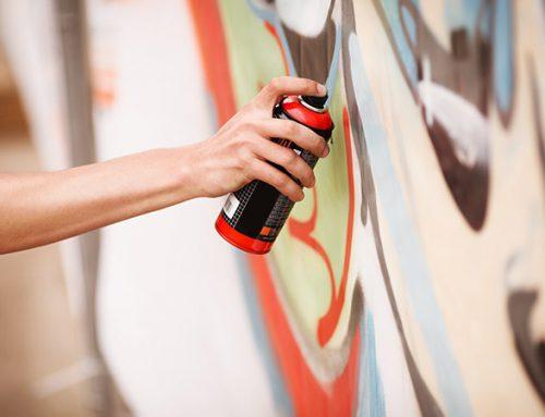 Rimuovere e Prevenire scritte sui muri di casa